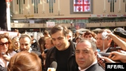 Михаил Саакашвили в Киеве: вчера фестиваль грузинских вин, сегодня - саммит ГУАМ