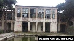 Hacı Zeynalabdin Tağıyev1885-1924-cü illərdə bu evdə yaşayıb.