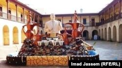 نصب مثير للجدل للجواهري في المركز الثقافي البغدادي