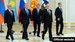 Санкт-Петербург, 26 декабря. Заседание Высшего Евразийского экономического совета.