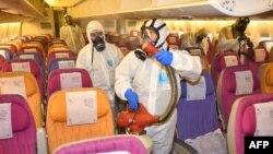 Тайландските авиолинии започнаха да дезинфекцират самолетите преди всеки полет. В страната вече има 14 случая на коронавирус
