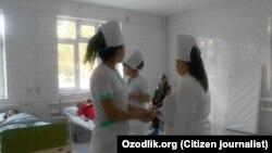 Медработники одной из больниц в Узбекистане, 2017 год.