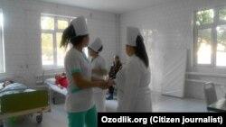 Узбекистанские медики.