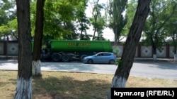 Машини « Бест Бетон», помічені в районі будівництва Керченського мосту 29 липня 2016 року
