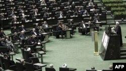 حسن روحانی در مجلس شورای اسلامی