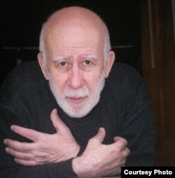 Вагрич Акопович Бахчанян — российский художник, литератор-концептуалист, 2008 год. Фото: Леонид Лубяницкий
