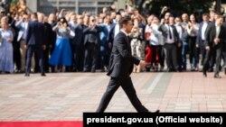 Volodımır Zelenskıy inauguratsiyada, Kyiv, 2019 senesi, mayıs 20