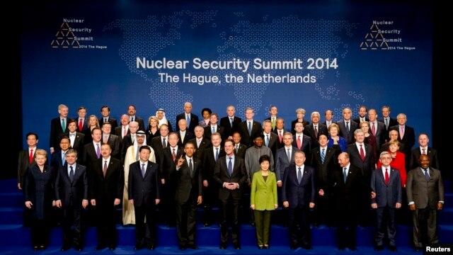 Участники саммита по ядерной безопасности (Гаага, 25 марта 2014 года)