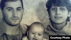 Iveri Kurashvili (left) with wife Manana and baby Giorgi in a photo from the 1980s