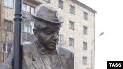 Красноярцы благодарны своему мэру за благоустройство города. Памятник пьянице - одна из любимых городских скульптур