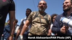 Лидер движения «Мой шаг» Никол Пашинян