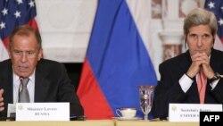 John Kerry və Sergey Lavrov (Washington görüşü)