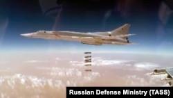 Бомбардировка целей в провинции Дейр-эз-Зор российскими самолетами, ноябрь 2017
