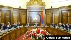 Հայաստանի կառավարության նիստը, արխիվ