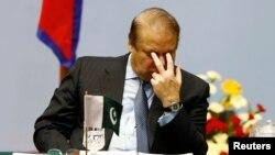 د پاکستان وزیراعظم نواز شریف (پخوانی عکس)