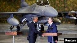 Президенты США и Польши Барак Обама и Бронислав Коморовский