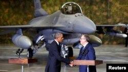 Президенты США и Польши Барак Обама и Бронислав Комаровский
