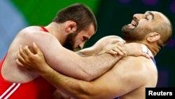 Первые Европейские игры для Грузии начались с серьезных разочарований. Один за другим выбыли из списка претендентов на призовые места борцы в греко-римском стиле