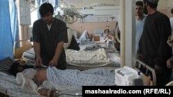 Повредени од самоубиствениот напад во Кандахар.