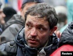 Журналисты несут потери в Киеве с начала ноября. Фото корреспондента АР Сергея Чужавкова, после столкновений на Майдане 25 ноября 2013 года