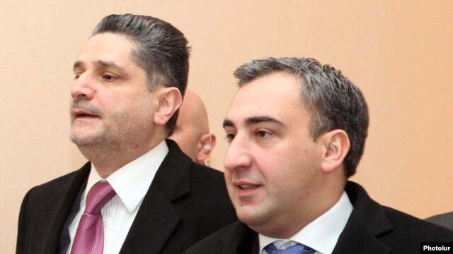 Armenia -- Prime Minister Tigran Sarkisian (L) and his Georgian counterpart, Nika Gilauri, meet in Yerevan, 16Feb2011.