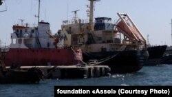Танкери Captain Khayyam і «Рута» в порту Тріполі, Лівія