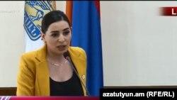 Член фракции «Луйс» Совета старейшин Еревана Техмина Варданян