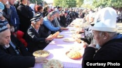 Tajikistan -- Festival on the Tajik - Kyrgyz border, 28Oct2015