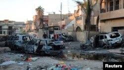 Последствия взрыва самодельного устройства, заложенного в автомобиле. Багдад, 7 октября 2013 года. Иллюстративное фото.