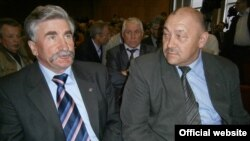Әсфәндияр Хәйруллин (с) һәм Рамил Хәлимов
