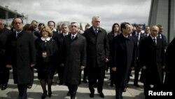 Францускиот претседател Франсоа Оланд на комеморацијата во Ереван.