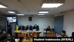 Заседание Голосеевского суда в Киеве, 25 ноября 2015 года