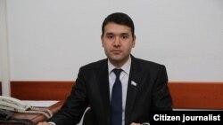 Олий Мажлис депутати Расул Кушербоев.