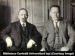 Gheorghi Cicerin (stânga) și Maxim Litvinov (Sursă: Biblioteca Centrală Universitară Iași)