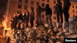 Нова барикада на Грушевського