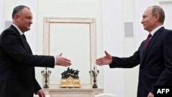 Igor Dodon primit de președintele Putin la Moscova