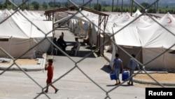 Туркия: Хатой вилоятидаги суриялик қочқинлар лагери, 2012 йил 2 июл.