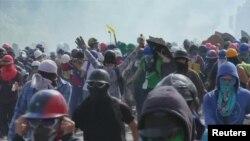 Pamje nga protestat në Venezuelë
