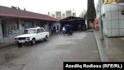 Astara sərhəd-gömrük məntəqəsinin önü. 26 fevral 2020
