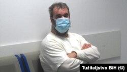 Optuženog Kostrjevca (1961) organi BiH tražili su zbog ratnog zločina počinjenog na području Zvornika, 1992. godine, te je odmah po izručenju uhapšen.