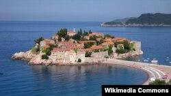 Sveti Stefan poznata turistička destinacija, ilustrativna fotografija
