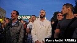 """Ljubiša Preletačević Beli na protestu inicijative """"Ne da(vi)mo Beograd"""""""