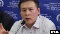 Жанболат Мамай. Съезда не будет. Создающие новую партию объявили об изменении планов.