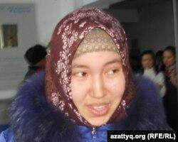 Зере Байтасова, студентка Актюбинского университета имени Сактагана Баишева. 7 декабря 2011 года.
