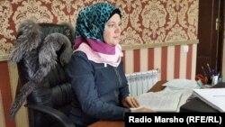 Нохчийчоь -- Сацагучийн библиотекехь, куьйгалхо Заурбекова Мадина, Соьлж-ГIала, 15Чил2014