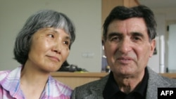 Roxana Saberi's parents, mother Akiko and father Reza, at their Tehran home on April 18.