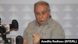 Познатиот азербејџански писател Акрам Ајлисли