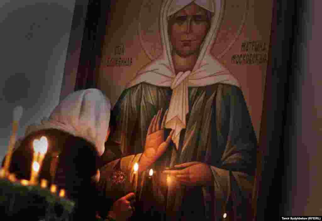 Кыргызстанда православ багытындагы христиан динин тутунган адамдардын саны болжолдуу 500 миңге жакын экени айтылып келет.
