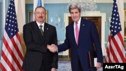 İlham Əliyev ABŞ dövlət katibi John Kerry ilə görüşür - 30 mart 2016