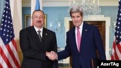 ABŞ dövlət katibi John Kerry Vaşinqtonda İlham Əliyevi qəbul edir.